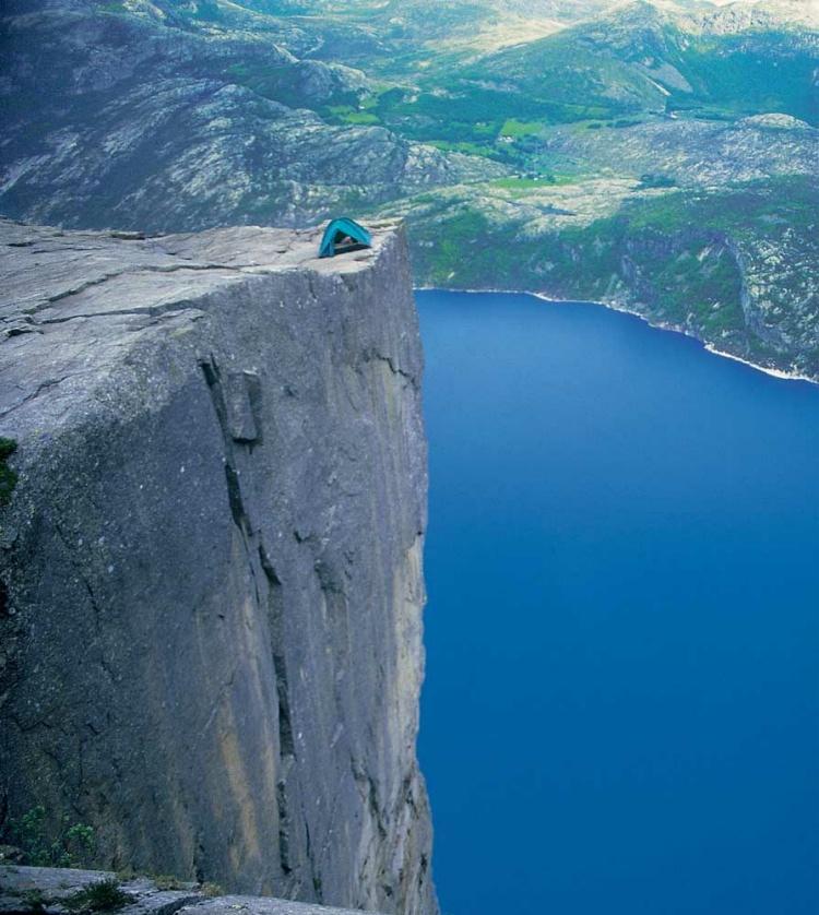 precipices